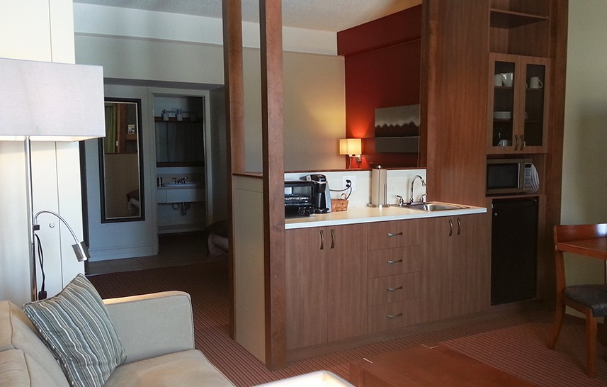 Suite avec cuisinette et chambre